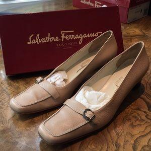 Salvatore Ferragamo. Size 12. Cream buckle heels.